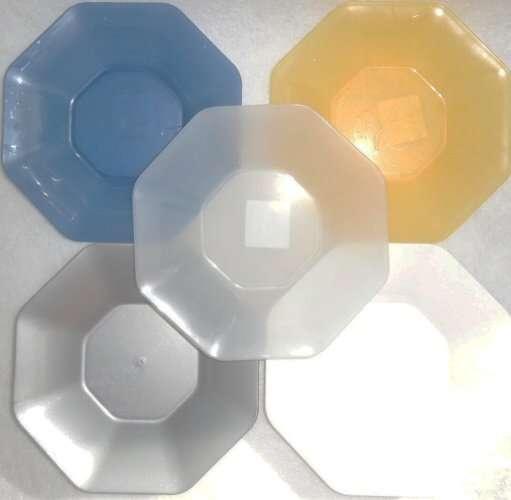 Talíř plast 8-hran 22cm - hluboký - bílý