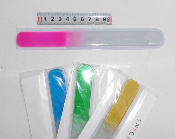 Pilník sklo - na nehty - 19cm WeiWei